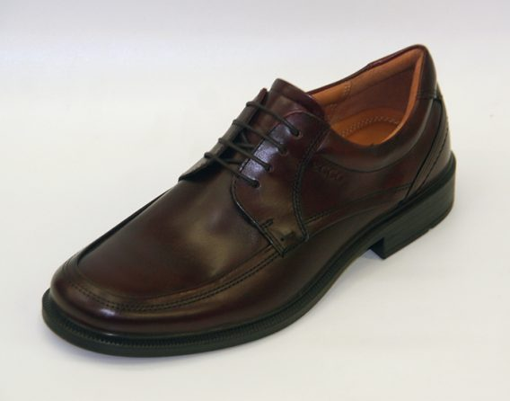 Ecco Dublin derby 4 tie Lace leather shoe, at Mark Kendall Shoes, shown here in oblique view.