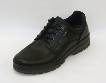 The Track 6 model Shoe by Ecco Shoes, is a 5-Tie derby Lace-Up style, and has Black Cow Leather Uppers, Fabric/Gore-Tex 100 percent waterproof construction lining, leather-covered innersole, Two-component PU and Rubber non-slip heel and sole Unit. The Track 6 model shoe is a good casual and walking shoe. The Track 6 model shoe by Ecco Shoes is shown here in oblique view.