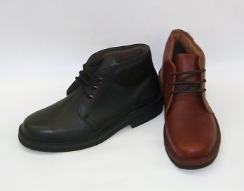 The Haast boot by McKinlays is a chukka style Lace-up ankle boot.Leather Upper. wide fit. Pig skin quartered lining. McKinlays made in New Zealand. from Mark Kendall Shoes, wellington. The Haast boot is shown here in brown and black versions.