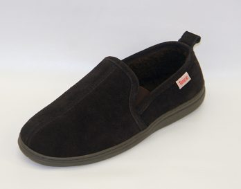 The Thomas model slipper by Tamarac seen here in oblique view, at Mark_Kendall_Shoes.