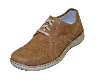 The Anvers model by Josef Seibel is a lace up leather shoe. It has Quartered Leather lining and a Removable Leather Comfort Footbed for comfort. The heel and sole are a stitched on PU unit. The Anvers 43 model is shown here in oblique view.