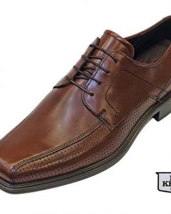 The Johannesburg model number 62357401014 shoe by Ecco Shoes, is a men's dress shoe incorporating a bike toe and 4 tie Derby lace up style. The Johannesburg has a Full-grain Tan Leather Upper, Breathable Textile lining with Leather-covered Comfort Foot-bed, and Direct-Injected P/U heel and sole Unit. The Johannesburg shoe is shown here in oblique view.