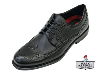 The Tampico shoe by Lloyd is a Derby Tie Brogue in Soft Smooth and Grained Leather, Light Weight and Comfortable Wear for Long Periods. The Tampico is shown here in oblique view.